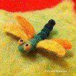 libellula lana cardata realizzata con aghi
