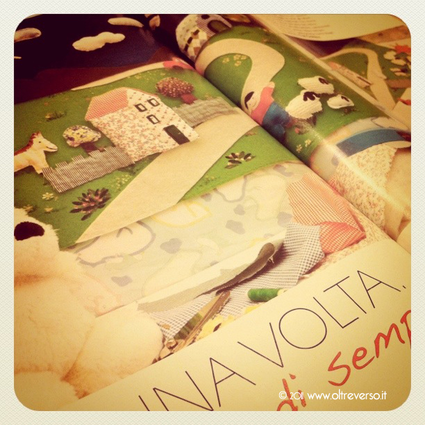 pannello creativo 'C'era una volta' del Laboratorio Ivana Magri (Milleidee home décor, marzo 2011, pag 60).