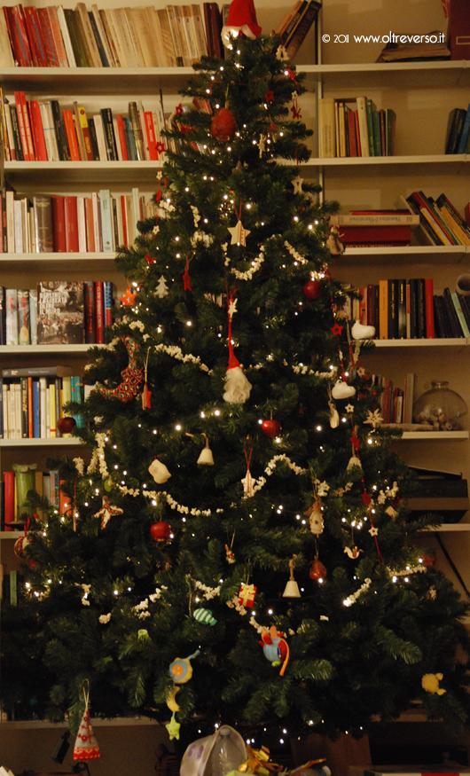 Albero Di Natale Con Biscotti Bucaneve.Decorare L Albero Di Natale Con I Bambini Con I Popcorn