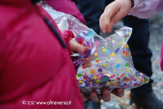 coriandoli+busta+carnevale+festa