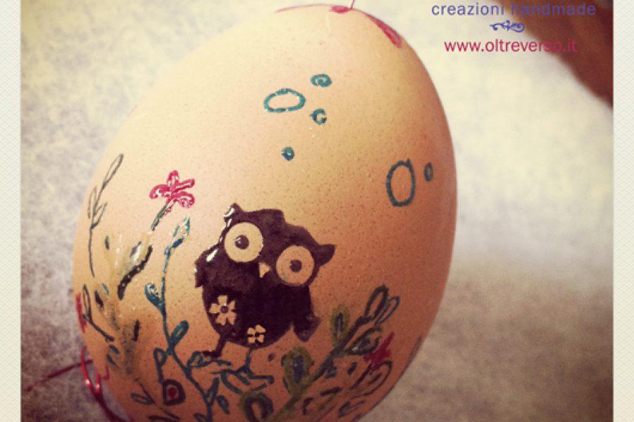 Embossing, timbri e inchiostri per decorare le uova di Pasqua: tutorial
