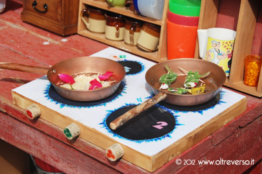 Wooden Play Kitchen: la cucina panchina