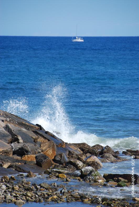 mare_wavesea_onda_oltreverso