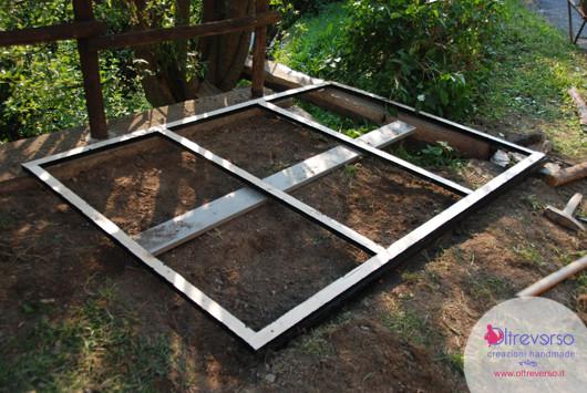 Come costruire il pavimento della casetta dei bambini in for Costruire una semplice capanna di legno