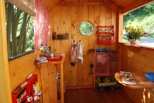 capanna_bambini_woodenplayhousekids_legno_faidate_dyi_casettagiardino_oltreverso