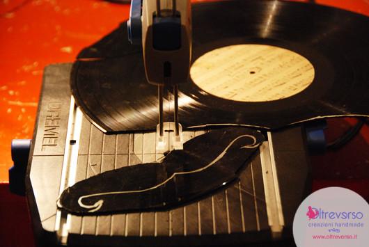 baffi-disco-vinile-lp-dremel-moto-saw-tutorial-6-vinyl-vinilo-vinyle-recycling-mustache