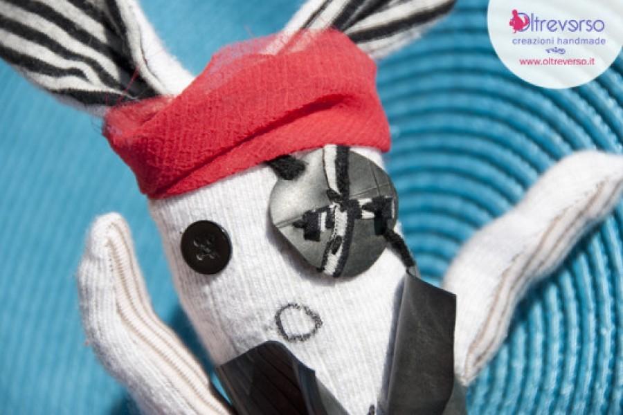 Un coniglio pirata per Solleva La Mente Con Le Mani Del Cuore