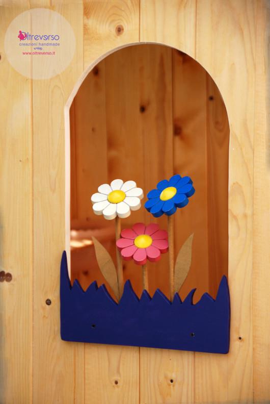 Il davanzale fiorito fai da te per la casetta in giardino for Casetta legno bambini fai da te