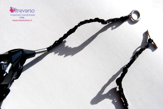 collana-diy-vhs-fingerknit-videotape-necklace-tutorial-chiusura