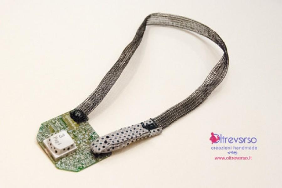 Da circuito stampato a collana geek