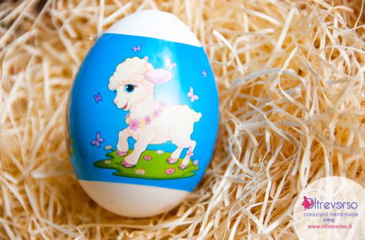 Decorare le uova per Pasqua con i bambini con le termoretraibili: le easter eggs wrap con tutoriall