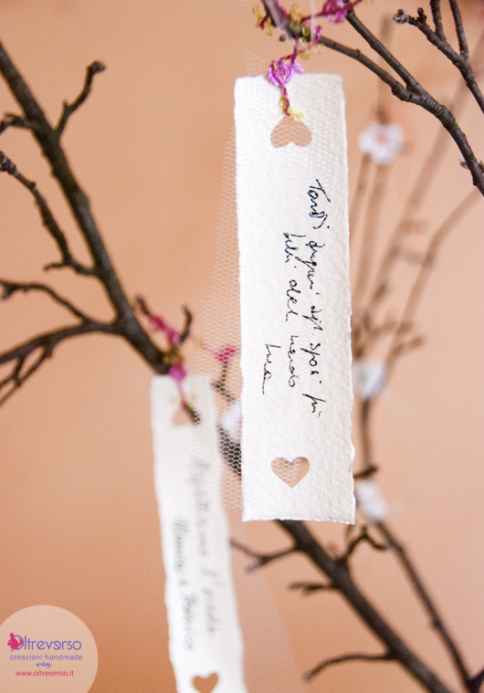 tutorial guestbook matrimonio country chic handmade wedding con fiori di melo all'uncinetto, tulle e carta di riso