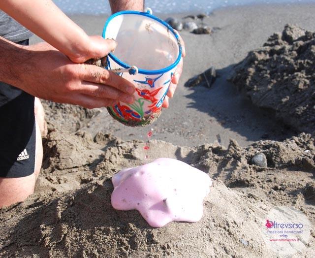 vulcano_esperimenti_scientifici_spiaggia_oltreverso_lavoretti_bambini