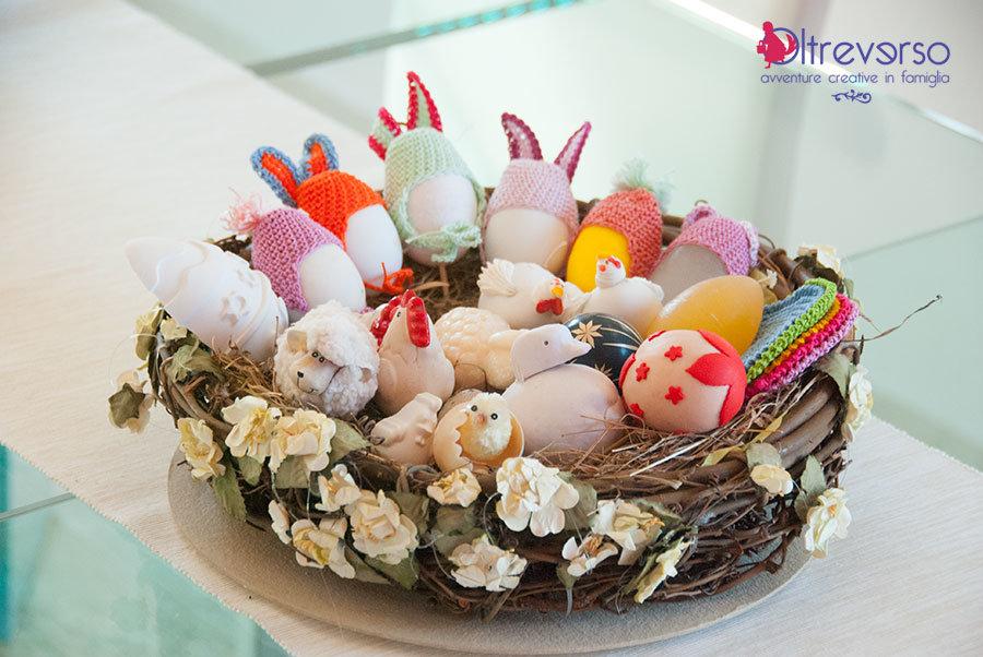 cestino di uova per la tavola di Pasqua