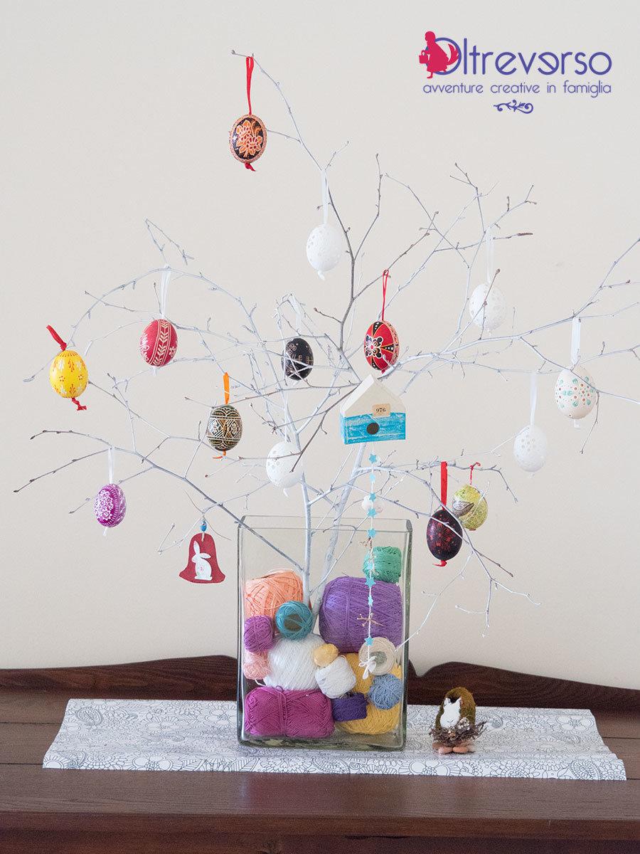 Albero di pasqua fai da te per le uova decorate a mano - Albero di pasqua idee ...