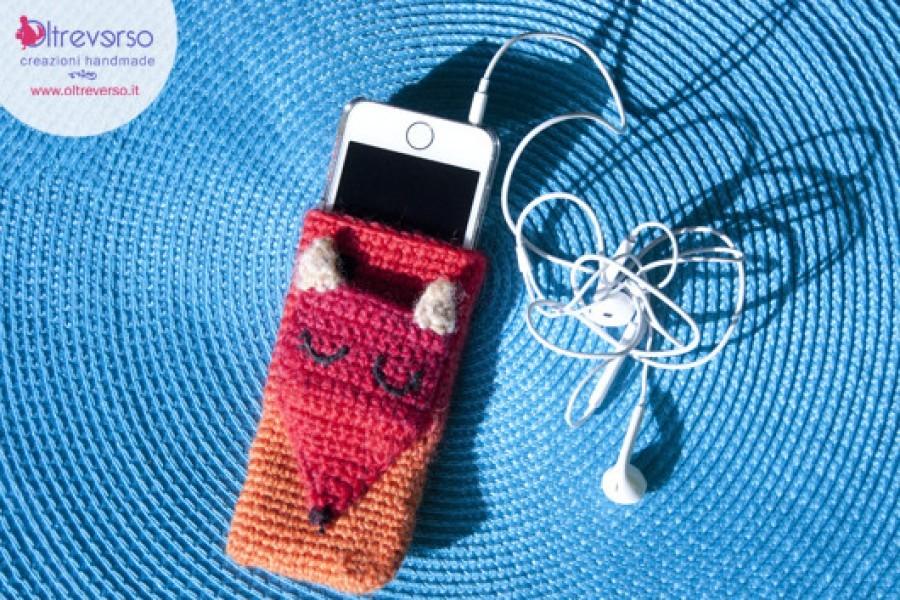 Una cover per iphone, smartphone e telefonini handmade all'uncinetto + tutorial per imbranati e principianti