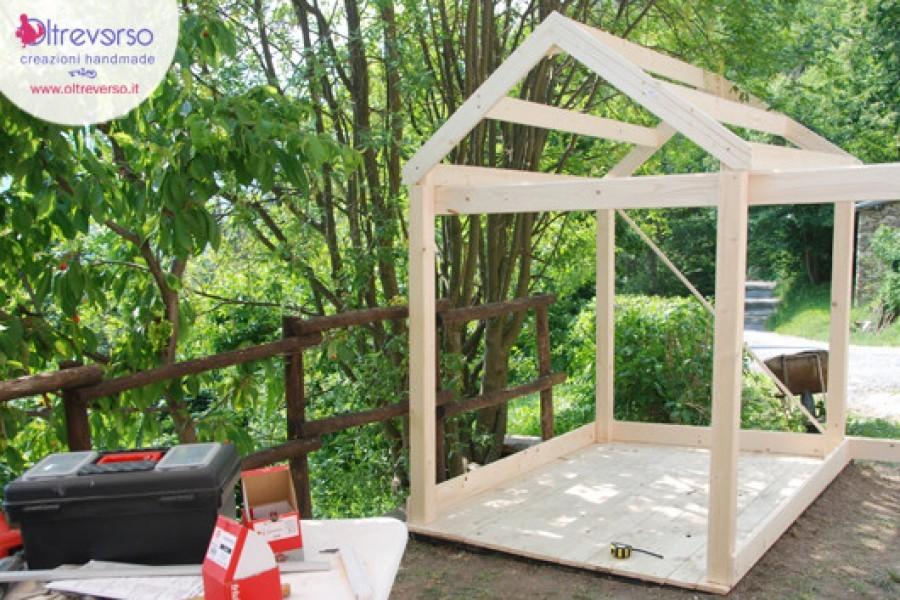 Come costruire in giardino una casetta per i bambini fai-da-te: la struttura