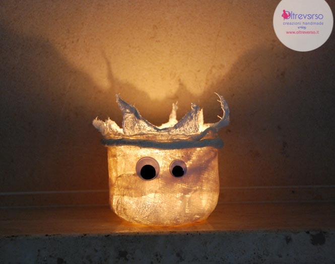 lanterna a fantasmino in garza gessata